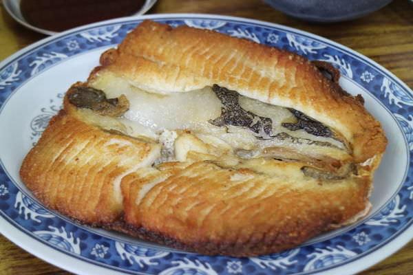台南北區阿興虱目魚!鮮美魚湯煮粥大美味、蒜頭飯、肉燥飯同樣大推!