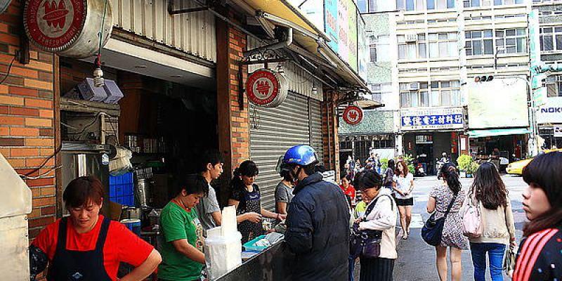 台南中西區‧萬昌街轉角 脆皮臭豆腐
