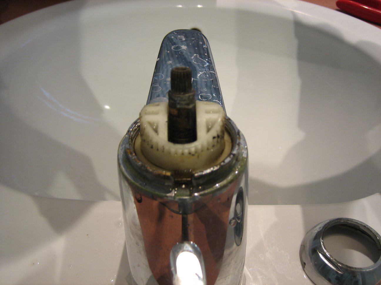 demontage cartouche de mitigeur
