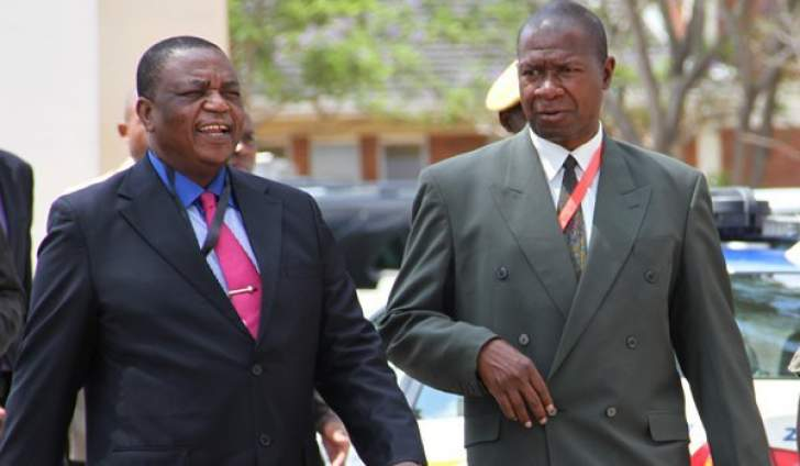 Chiwenga, Gen Sibanda in secret pact to hand Zimbabwe power to ...