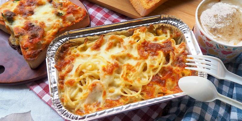 <台中披薩> Eat Pizza義大利台式披薩,中興大學平價披薩義大利麵,搭配濃湯特價優惠,出示學生證還能折5元!(中興大學美食/台中南區美食/邀約)