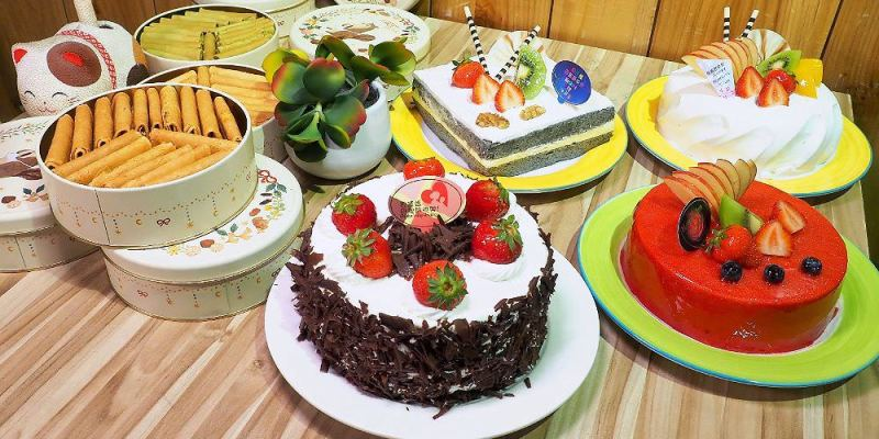 <台中蛋糕> 貝克莉烘焙坊,母親節蛋糕有草莓、芋頭、巧克力、黑芝麻等四種不同口味,還有鬆鬆酥酥的松鼠餅也適合當伴手禮!