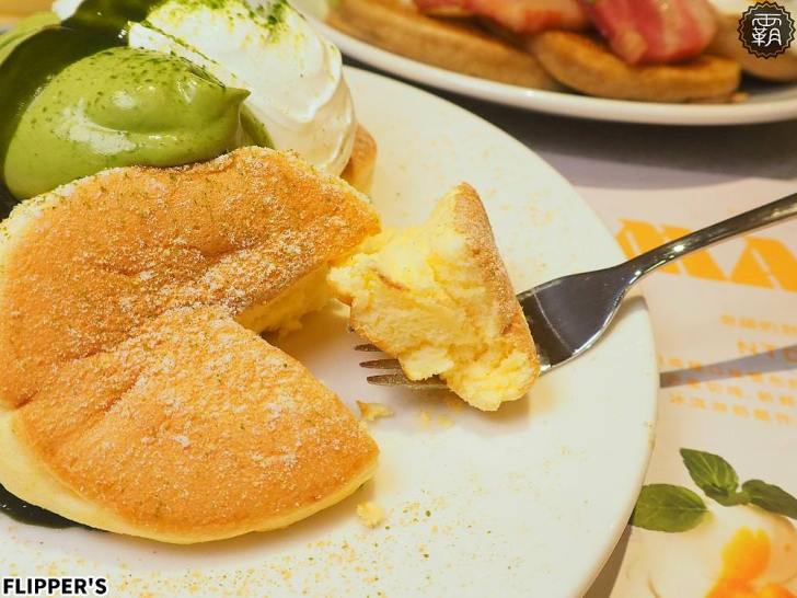 20190808230537 89 - 熱血採訪 | 奇蹟的舒芙蕾鬆餅台中首店開幕!FLIPPER'S軟綿鬆餅超迷人,點芒果限定口味送迷你隨身揹袋!