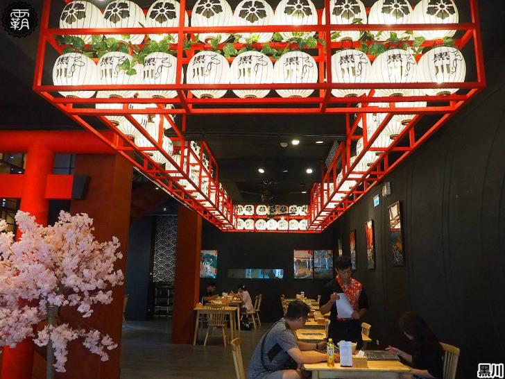 20190811150145 77 - 熱血採訪 | 黑川ステーキライス,全新黑色建築外觀,主打板燒牛排跟壽喜燒,滿滿日式燈籠點綴氣氛!