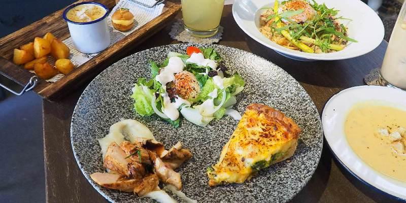 <台中早午餐> 小倉庫,美術館商圈法式鹹派早午餐,巷弄內的小倉庫搬家後更顯迷人風情!