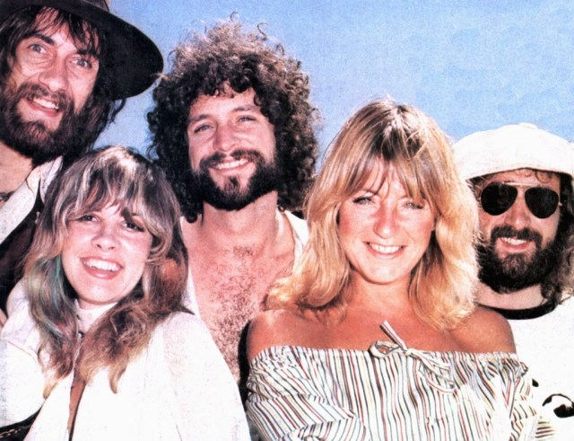 While most of us are familiar with their 'superstar' Rumours lineup – Stevie Nicks, Lindsey Buckingham, Christine McVie, John McVie, Mick Fleetwood – the band has gone through more than a dozen members over the decades!