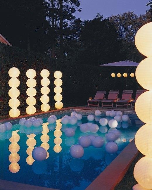 21 Wedding Things to DIY Instead of Buy - Light Columns.