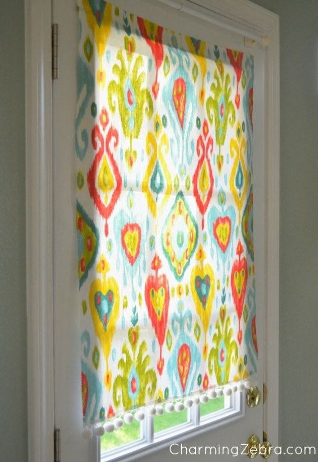 This insanely simple window shade is magnetic, movable, and no-sew.
