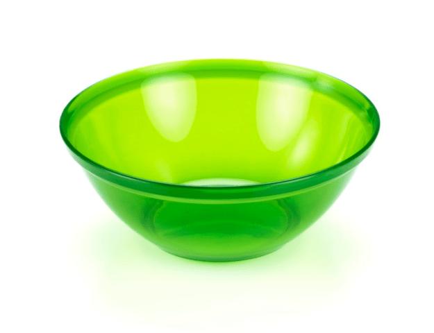 Esta tigela para todos os fins que é 100% reciclável, leve, livre de odor e resistente a manchas.
