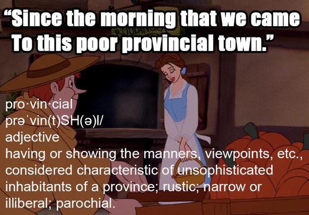 Bela basicamente fica andando pela aldeia sendo escrota com todo mundo.
