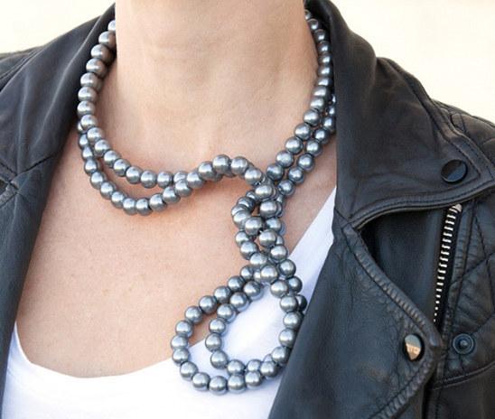Collar de perlas cableado
