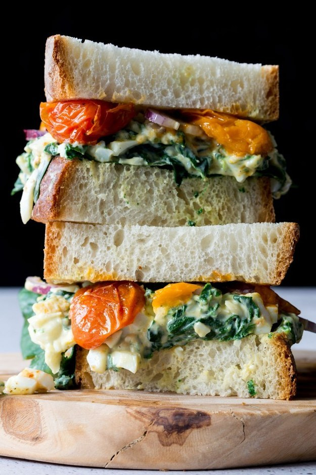 Egg Florentine Toasted Sandwich With Roasted Tomatoes