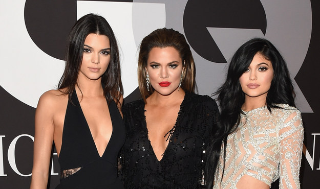 Well I already told you in the headline, but YES. IT'S KENDALL JENNER, KHLOE KARDASHIAN AND KYLIE JENNER.