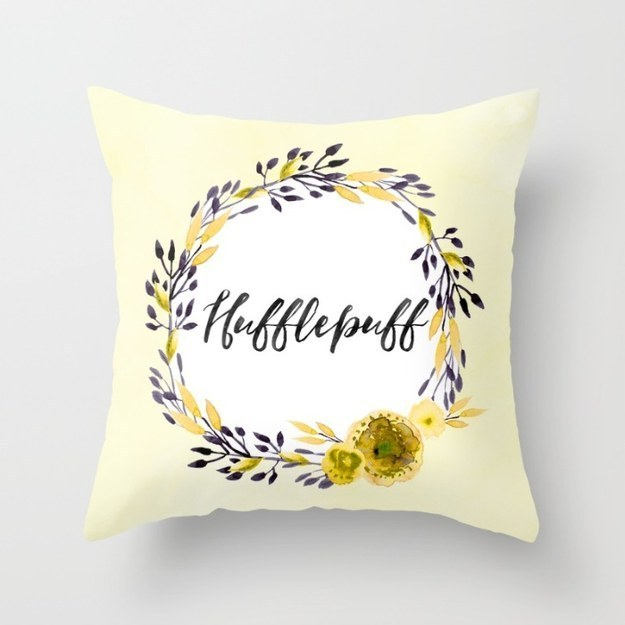 This lovely pillow full of Hufflepuff pride.