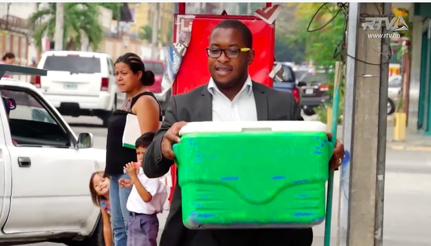 A Honduran street vendor has gone viral thanks to his snazzy sense of style: