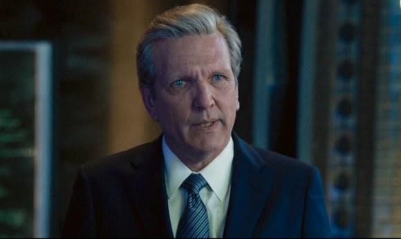 Mitchell Carson (Martin Donovan)