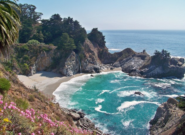 Hit up Big Sur, California, for some fantastic views from the cliffs.