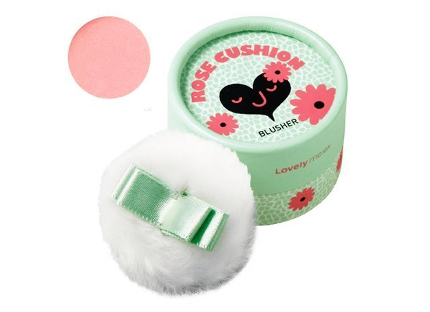 Pretty rosy blush that comes with a fluffy powder puff.