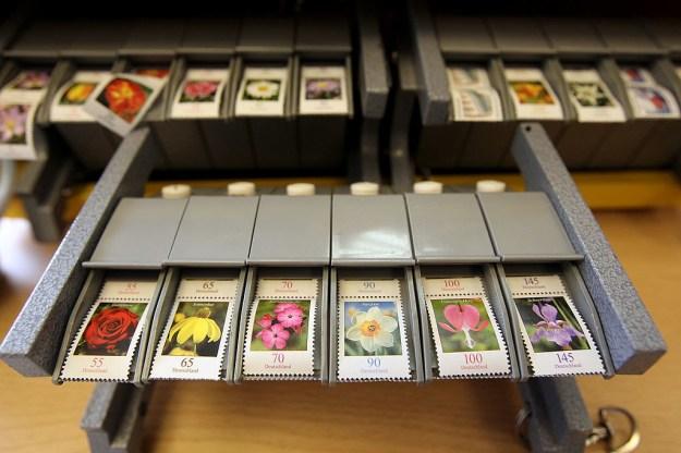 Wie oft kam es schon vor, dass du irgendeinen Brief verschicken musstest und natürlich keine Briefmarke zur Hand hattest?