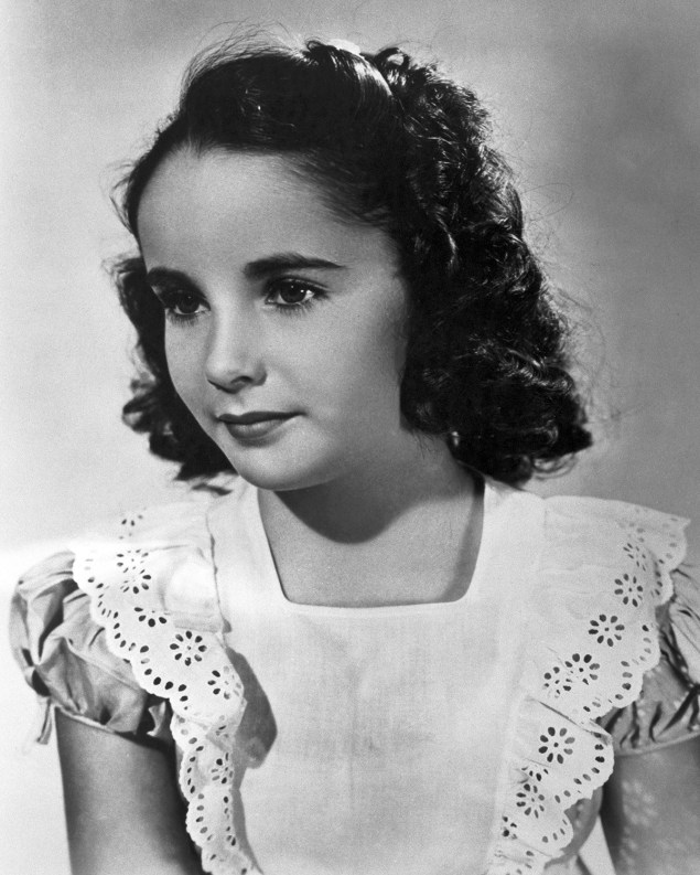Elizabeth Taylor as a 7 year old in 1939.