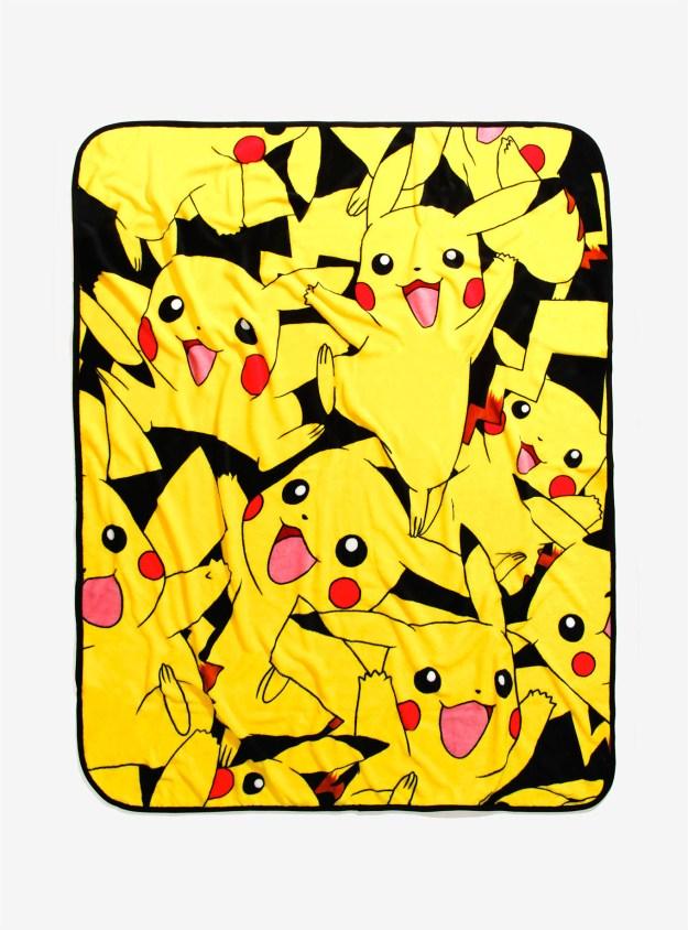 A cozy Pikachu throw blanket for anyone who pre-ordered Pokémon Sun.
