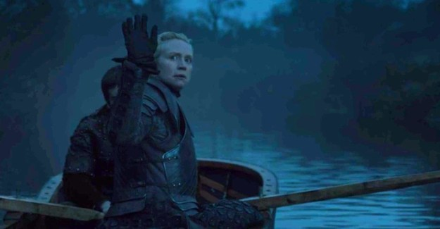 """Now, if you recall, the last time we saw Brienne she was on a little boat (presumably) heading back to the North and, you know, making sad """"goodbye"""" waves with Jaime."""