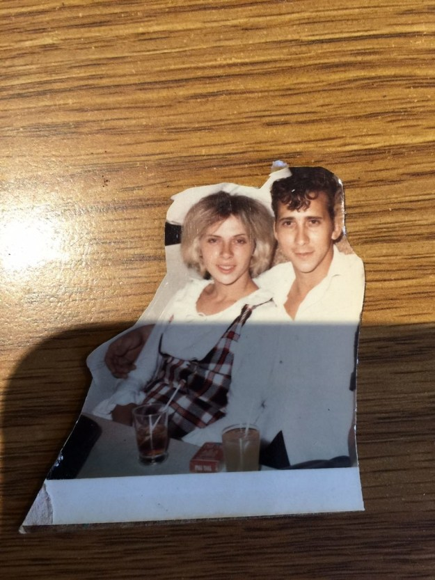 A little over a week ago, Reddit user denverjoel shared this pic of his grandma Geraldine, saying that she looked like Scarlett Johansson.