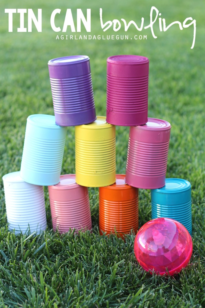 crafts for kids with paper, easy DIY craft ideas for kids, easy paper crafts for kids, DIY craft ideas easy DIY craft ideas for kids Once you've collected a few dozen tin cans, let your kids paint them their favorite colors and use them as bowling pins!Full instructions here.