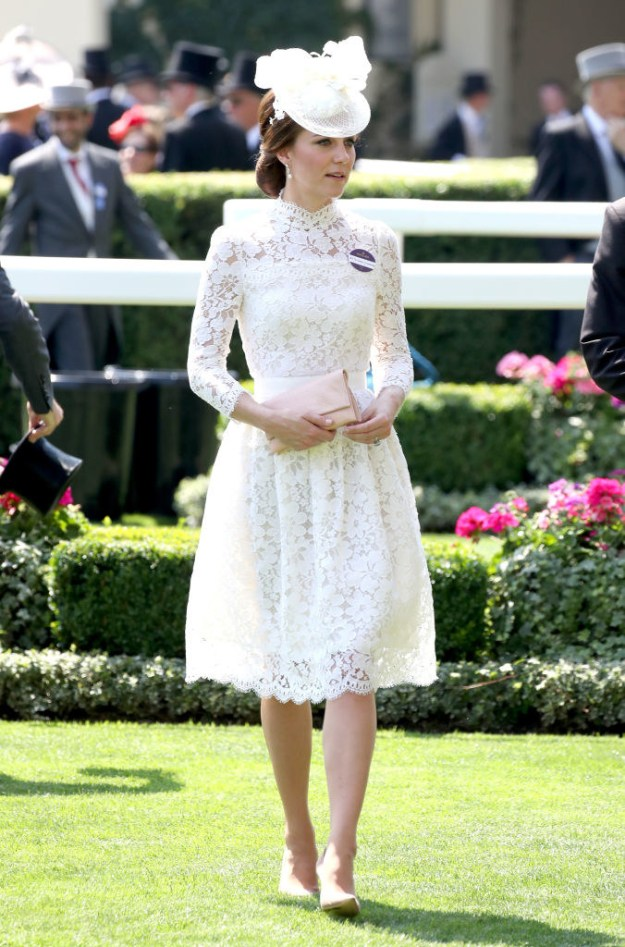 But here's the thing: On Tuesday, Catherine showed up to the Royal Ascot in an outfit I can only describe as STUNNING, INCREDIBLE, and LIFE-CHANGING.