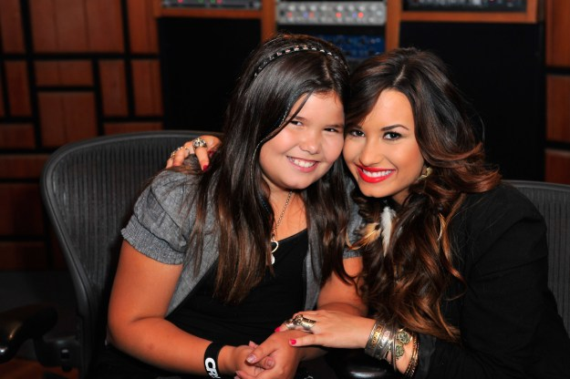"""""""I knew that I had a lot of life ahead of me but one of the main reasons of getting sober was so that I could be around my little sister,"""" said Demi according to Daily Mail."""