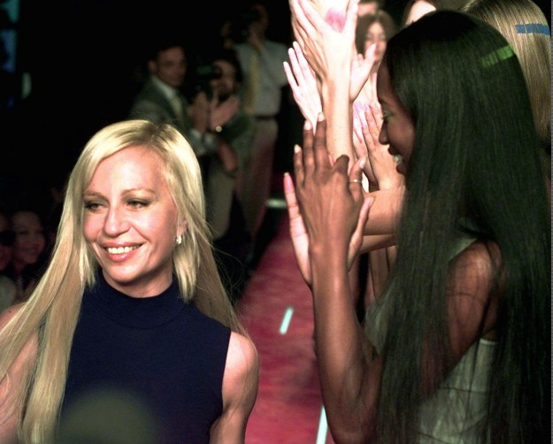 In October 1997, Donatella Versace presented her first collection since her brother's death. Naomi Campbell applauded her.