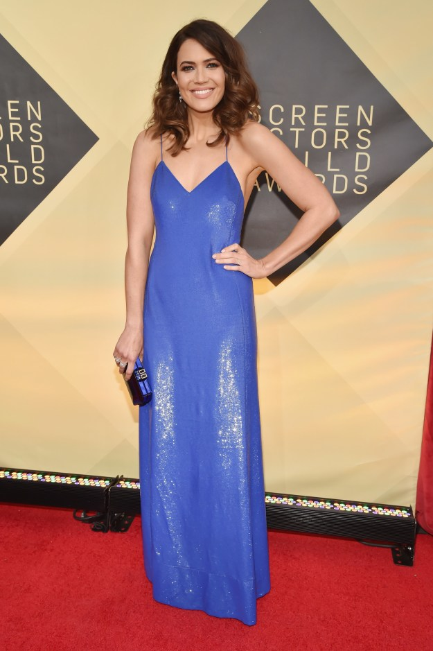 I don't know about you but I wanna live in this shiny, cobalt blue gown for the rest of my existence.