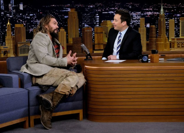 When Jason appeared on The Tonight Show for a little chat with Jimmy Fallon, he explained that after he starred in GoT, people didn't think he could actually speak English.
