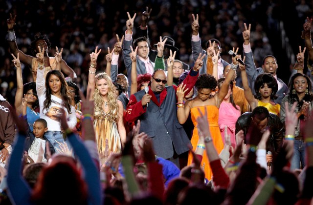 Feb. 5, 2006 — Joss Stone, Stevie Wonder, India.Arie, and John Legend at Super Bowl XL in Detroit