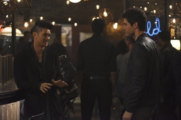 Magnus Bane and Alec Lightwood from the Mortal Instruments series by Cassandra Clare