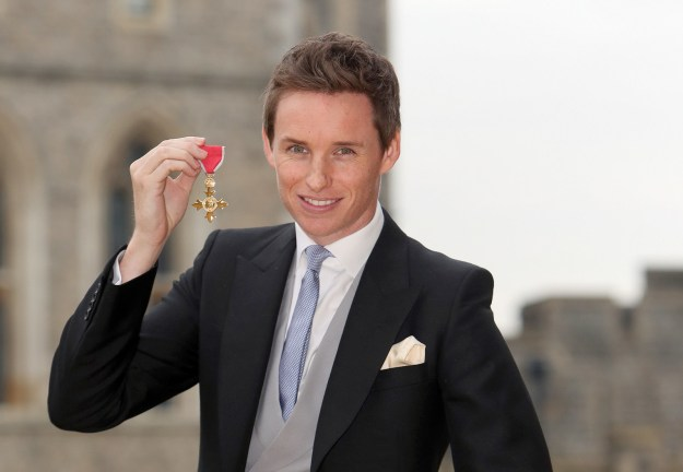 Eddie Redmayne's family is posh AF and he went to school with Prince William.