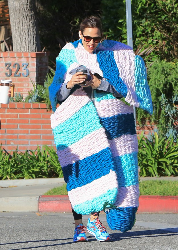 Cause Jennifer Garner did that and did that with stripes!