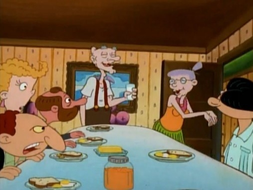 And I just figured that the people that lived in Arnold's house were just a typical group of New York Weirdos™️. Kind of like an artist's loft.