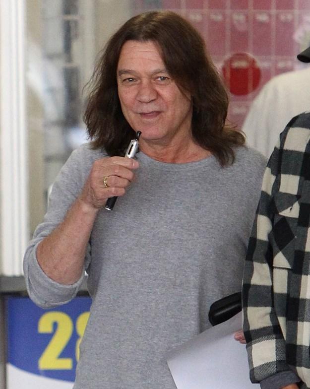 Eddie Van Halen=a silly vaper lol!