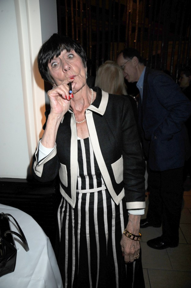 This is June Brown. She was on a soap opera in the UK and she does also vape.