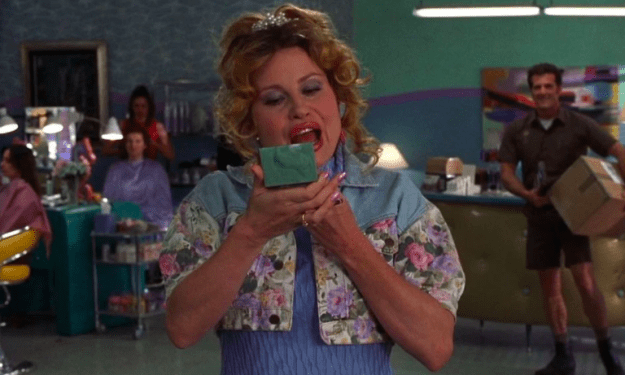This time, Ariana's subject was iconic actress and comedian Jennifer Coolidge — aka Paulette from Legally Blonde.