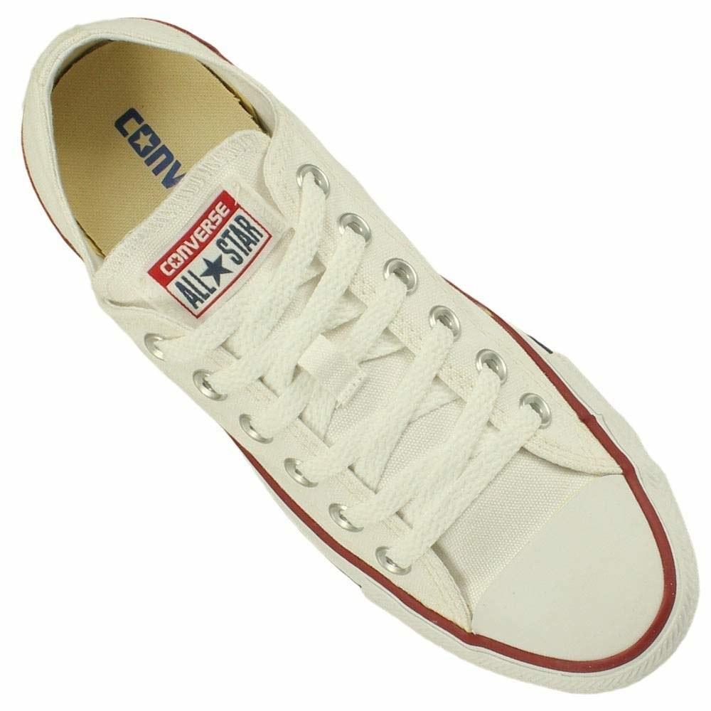 O tênis mais básico de todos. O site disponibiliza este modelo nas cores preto, azul e vermelho, mas o preço pode variar até R$149,90.