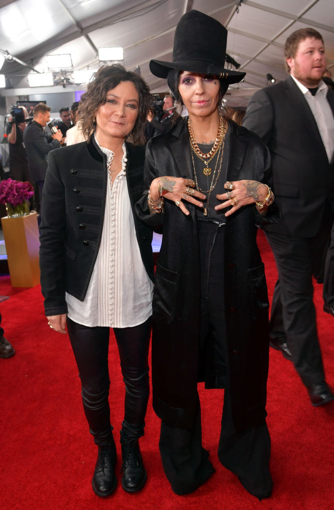Sara Gilbert and Linda Perry