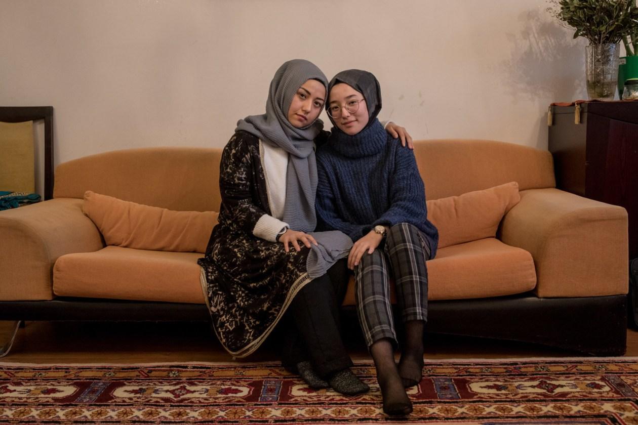 ハネクズと、妹のヌルビヤ。イスタンブールにて。
