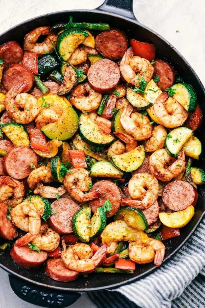 Perfect for make-ahead meal prep.Recipe: 20-Minute Low Carb Cajun Shrimp & Veggie Skillet