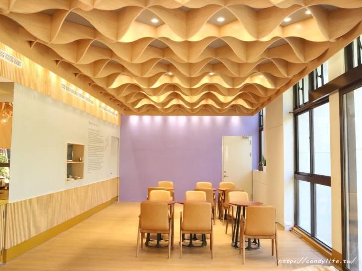 20191225235340 98 - 公益路最新結合麵包店的咖啡館!環境超美就在台中特教學校旁~