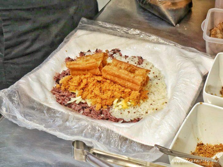 20200212103746 68 - 隱藏版顆粒花生醬飯糰,裡頭還有會勘西的乳酪!隱身在住宅區的文青飯糰~