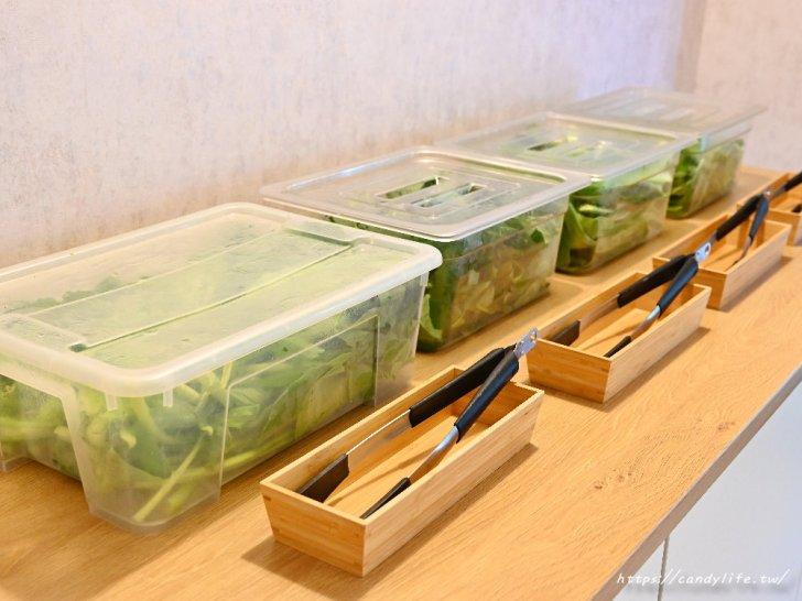20201007141850 56 - 熱血採訪│台中唯一有機葉菜吃到飽火鍋店,現在還有海鮮買大送小超划算!