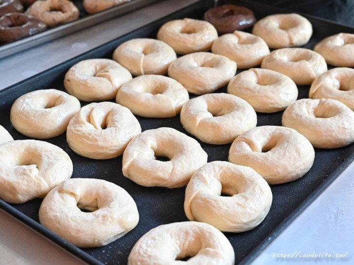 20210603073441 25 - 採用北海道十勝生乳的脆皮生乳甜甜圈,手工現做,口味多樣化,台中銅板美食推薦~