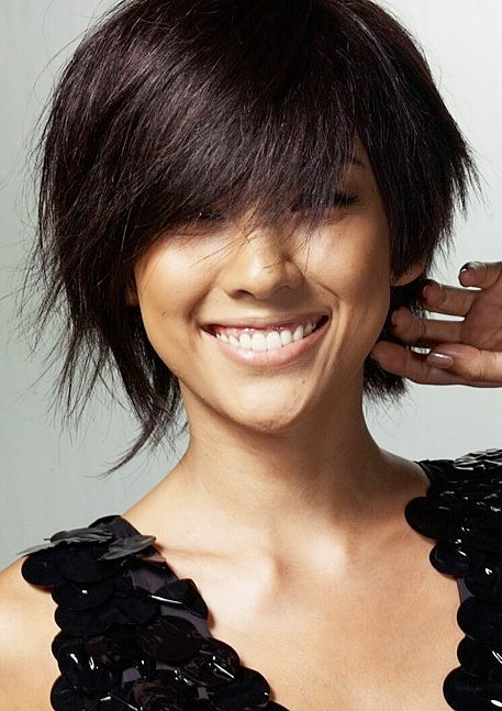 Lee Hyoris Layered Short Hairstyle Casual Party
